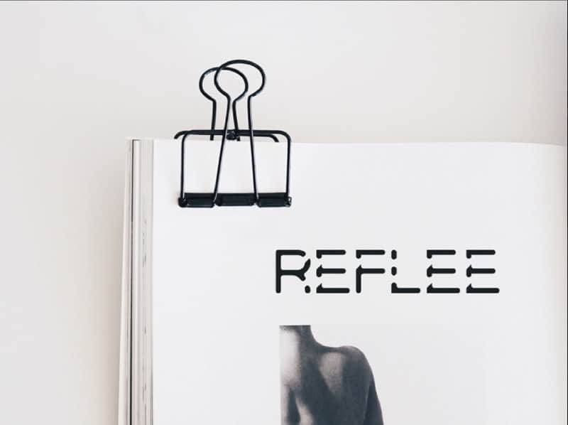 Download Reflee font (typeface)